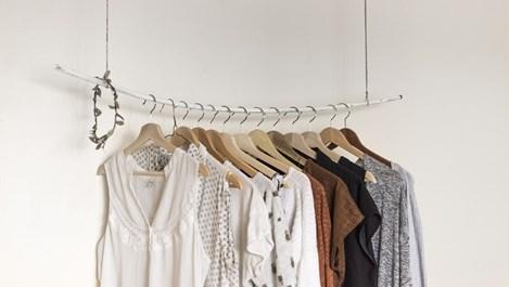 Хитрини, с които дрехите ще станат като нови