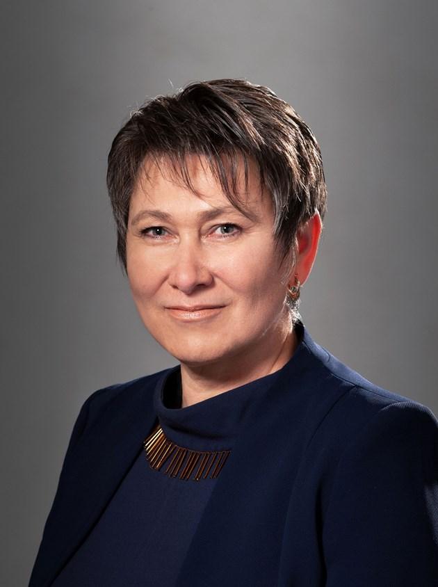 Коя е Даниела Везиева - новият служебен министър на икономиката