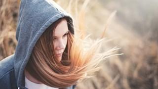Как да избегнем цъфтящите краища на косата (+рецепти)