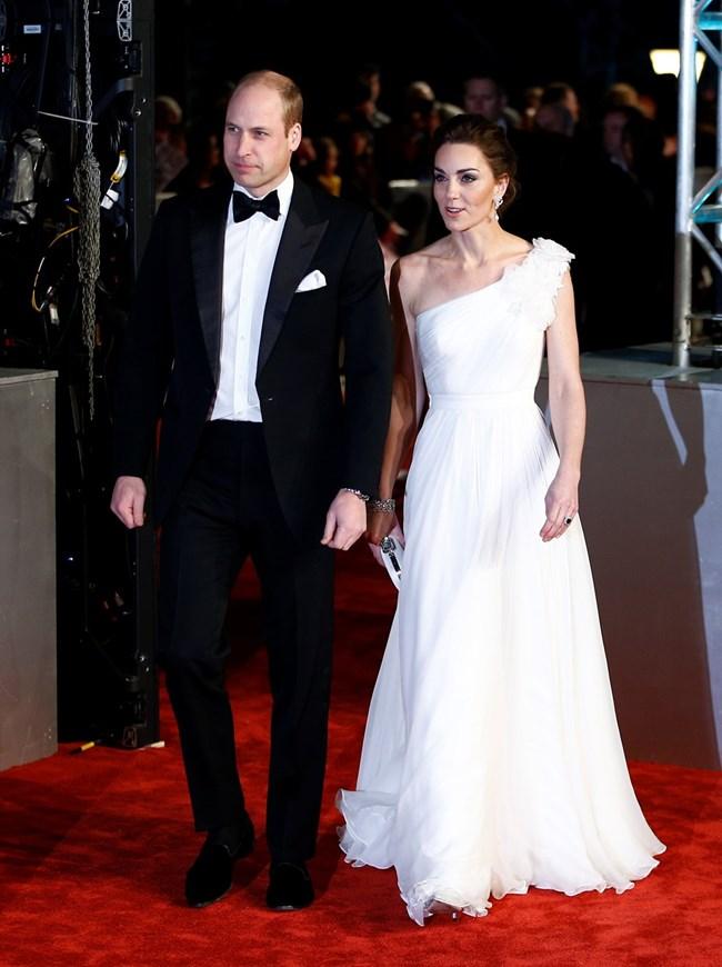 Принц Уилям и Кейт Мидълтън присъстваха на церемонията по връчване на наградите БАФТА.
