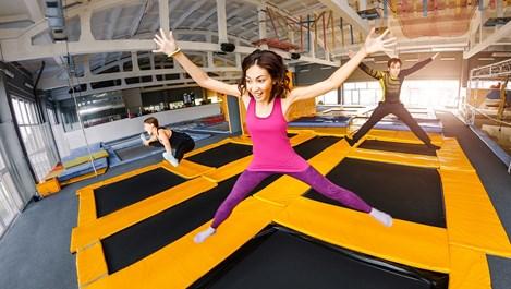 Батутът - упражнение и забавление за цялото семейство