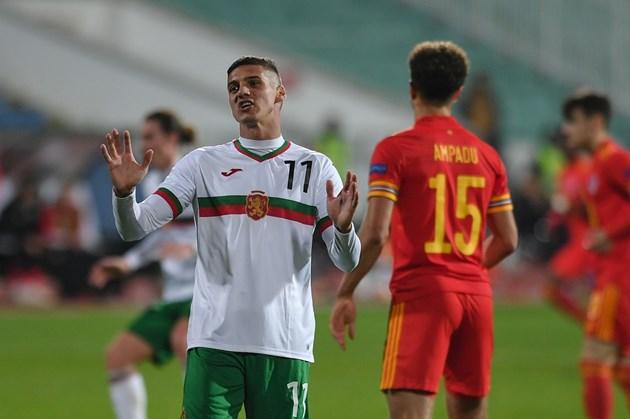 България гради нов национален отбор