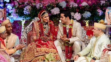 Сватбата на най-богатия индийски наследник (галерия)