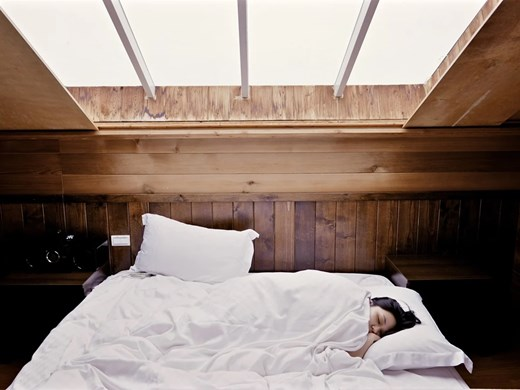 Проучване: Недоспиването лишава хората от приятни емоции и ги прави импулсивни
