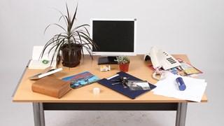 Как да изчистим бюрото от негативната енергия