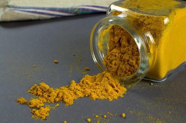 Откриха олово в куркума от Индия, изтеглят я от пазара