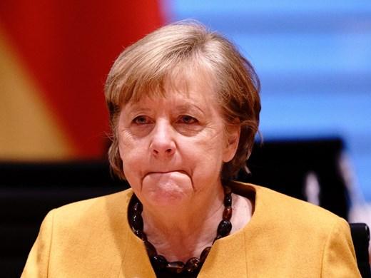 """""""Дойче веле"""": Защо е този хаос в Германия? Заради нашия манталитет"""