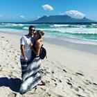 Сани Жекова кара сърф край Кейптаун