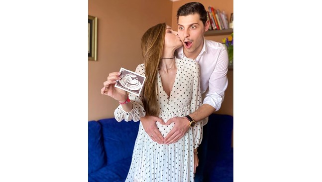 Нанси Карабойчева е бременна