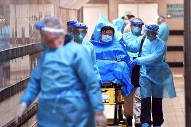 Иран затваря всички учебни заведения в два града заради коронавируса