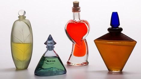 Преди нанасяне на парфюм кожата трябва да се хидратира