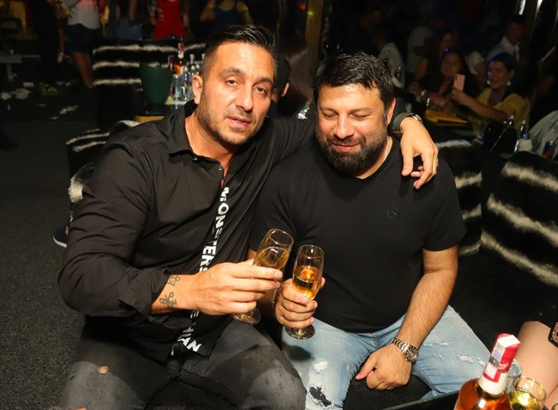 Коцето и Тони Стораро запиват за дует