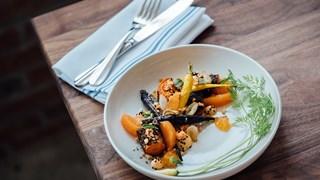 6 идеи за топли салати за студените дни