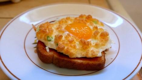Облачни яйца – новата звезда в закуските
