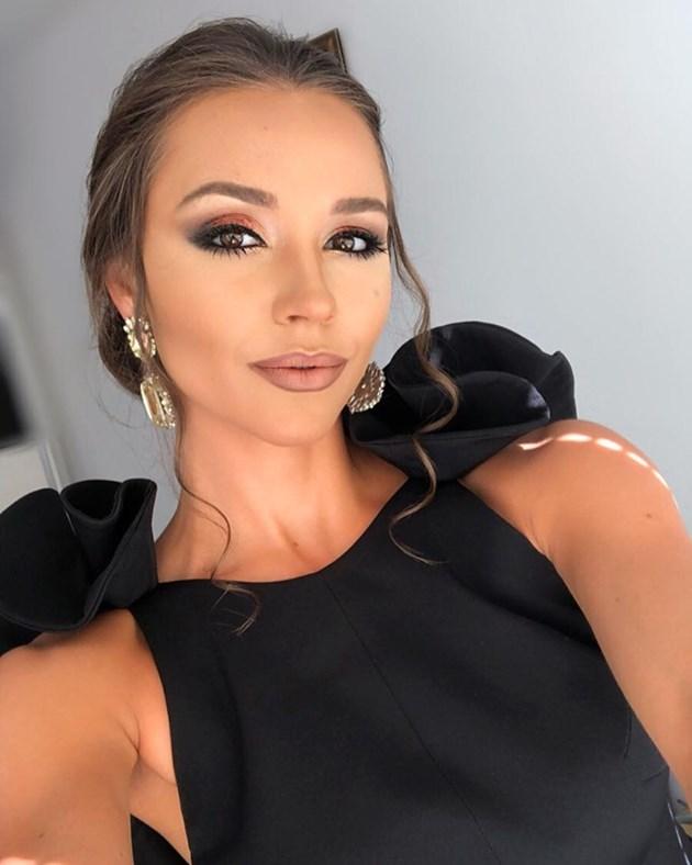 Мис България блести на абитуриентския си бал