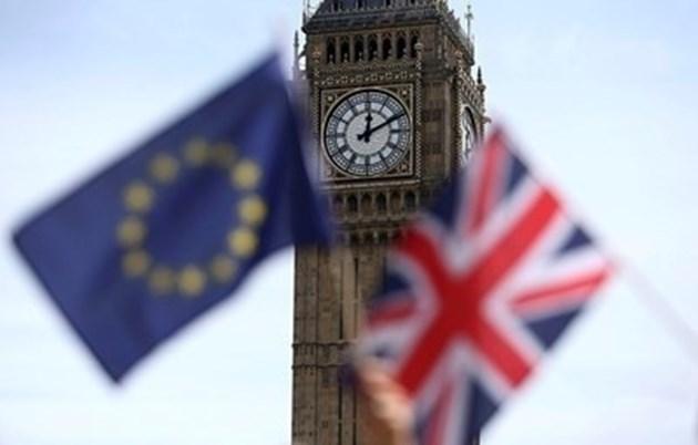Хиляди британци се изнасят към страни от ЕС заради Брекзит