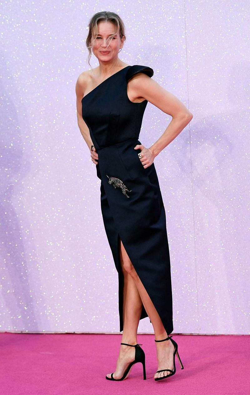 """Въпреки че се """"наду"""" за ролята на Бриджит Джоунс, Рене  Зелуегър всъщност е слаба  като  клечка."""