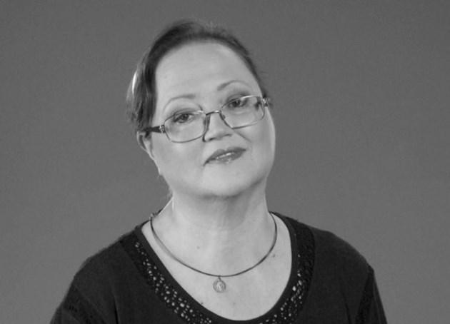 Почина певицата Ваня Костова (Видео)