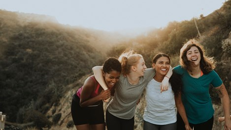 9 начина, по които жените се подкрепят една друга