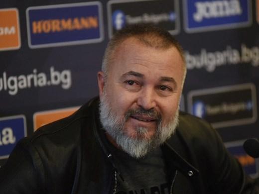 Ясен Петров ще работи с щаба си от Китай