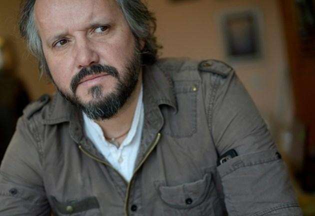 Калин Терзийски пак скочи на Дългия: Слави е богат простак