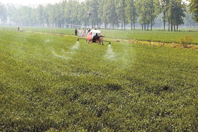 Растителнозащитните практики, както и торенето, могат да замърсят агропродукцията, ако не се прилагат правилно