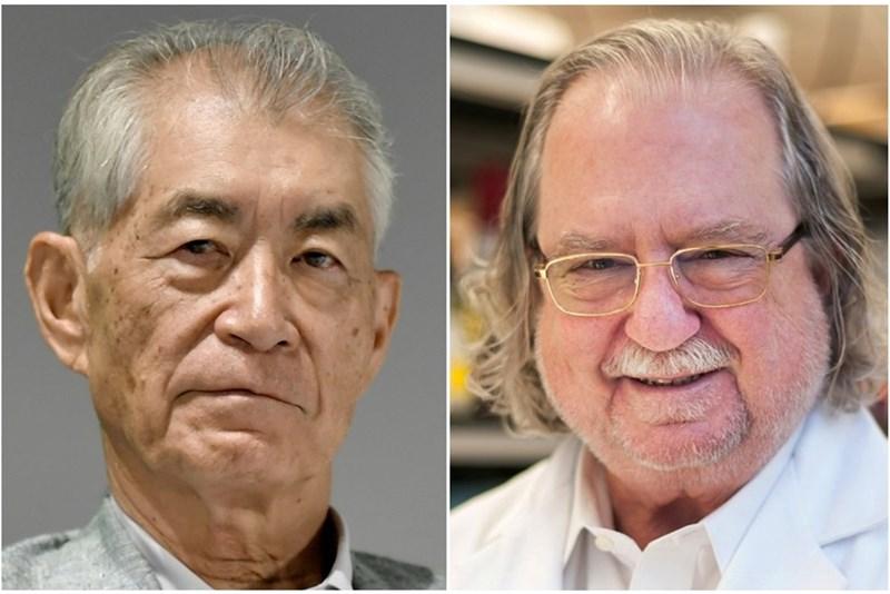 Тасуку Хонджо и Джеймс Алисън  СНИМКА: Ройтерс
