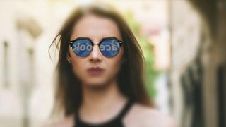 Facebook - ниско самочувствие и лош имидж