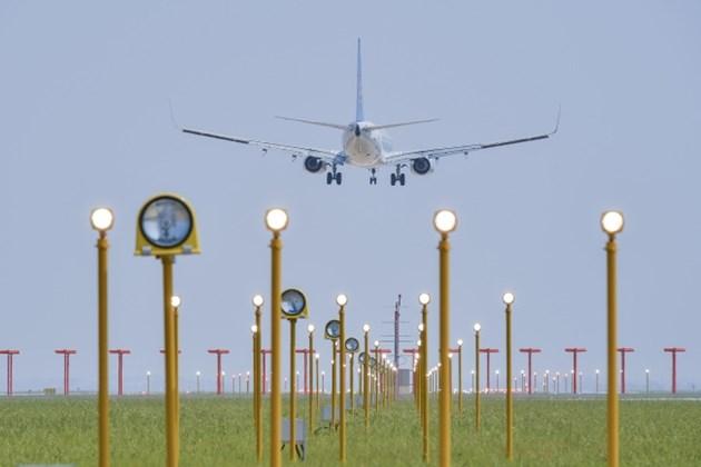 Летището в Ухан отчете рекорден брой полети след епидемията