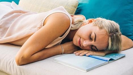 В какво се изразява сънното пиянство?
