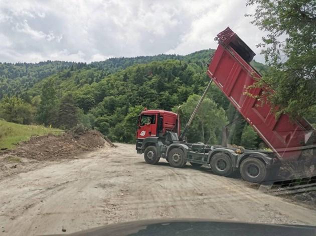 АПИ нареди: Стоп на всички пътни ремонти в Пловдивска област