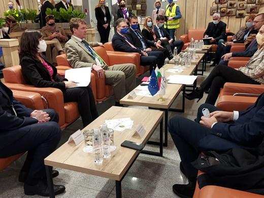 Министър Николова: Двете ни морски летища са вратата към българския туризъм