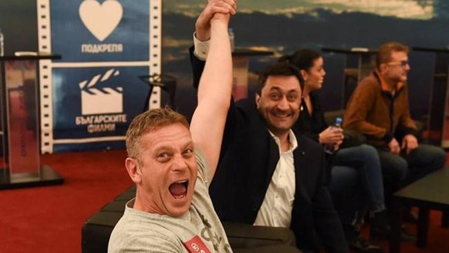 Юлиан се радва на успеха на сериала
