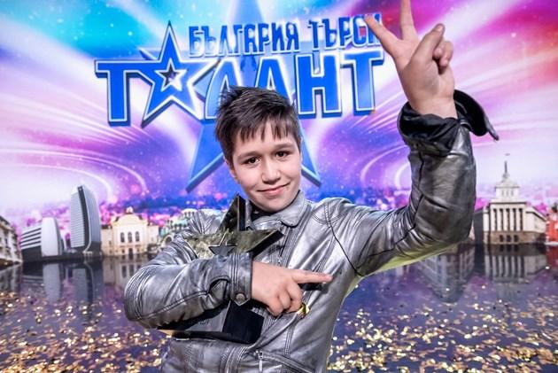 """Майката на детето-чудо Румяна:  Не очаквах Калоян да спечели """"България търси талант"""""""