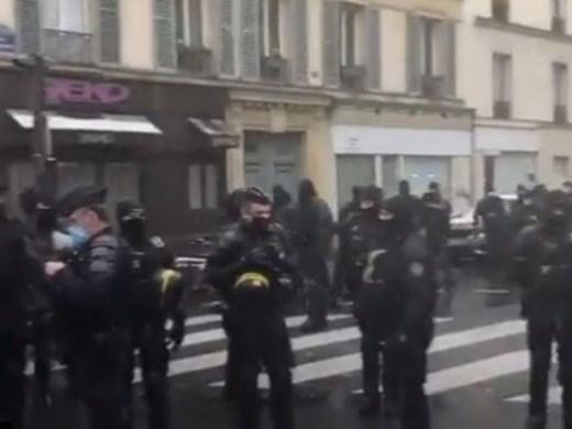 12 полицаи бяха ранени на протест във Франция