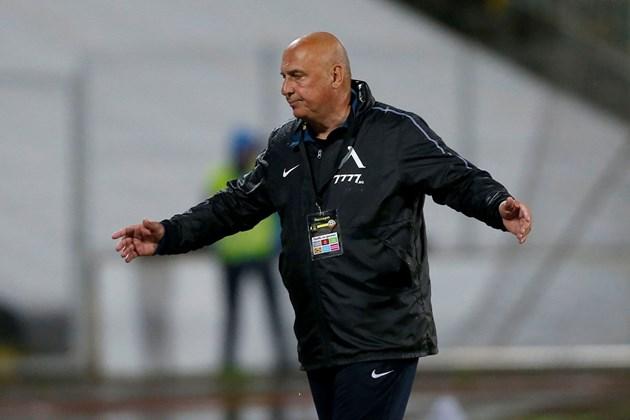 """Никой не иска да е треньор на """"Левски"""""""
