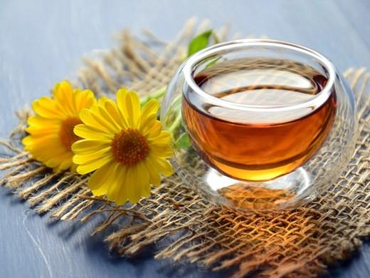 За да имате чай от невен, поливайте цветето редовно, но не оставяйте водата да се задържа