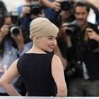"""Емилия Кларк: Казаха ми, че ще разочаровам феновете, ако не съм гола в """"Игра на тронове"""""""