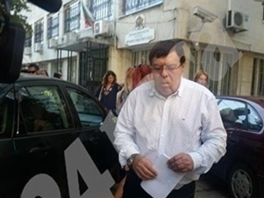 Бенчо Бенчев, обвинен в укривателство на Митьо Очите, ще се лекува в Турция