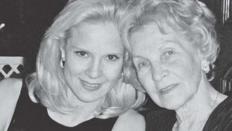 Силви Вартан: Животът на майка ми е като филм