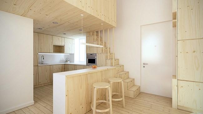 Стълбите към леглото служат и за място за съхранение