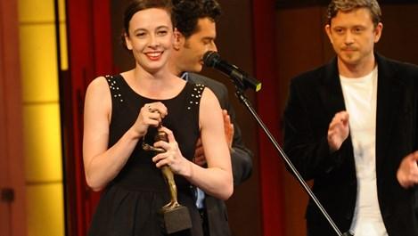 Весела Бабинова - новата звезда на сцената