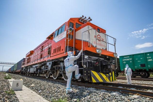 7300 са били товарните влакове по маршрута Китай - Европа през първата половина на годината