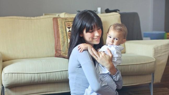 Как да намерим бавачка за неспокойно бебе?