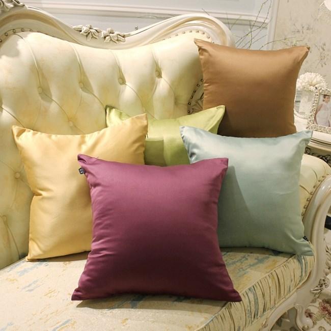 Декоративните възглавници са и удобни и красиви