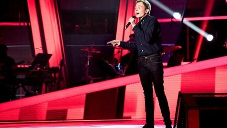 """24-годишен предизвика фурор с изпълнението си в """"Гласът на България"""""""
