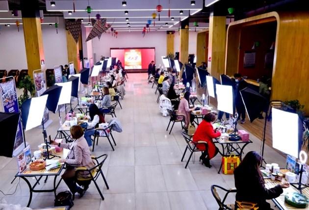 Стабилен ръст на онлайн продажбите на дребно за първото тримесечие в Китай