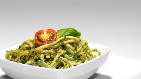 Спагети със спанак