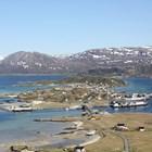 """Жителите на норвежки остров искат  """"безвремие"""" през 69-те дни, в които слънцето не залязва"""