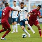 Аржентина се промъкна на четвъртфинал